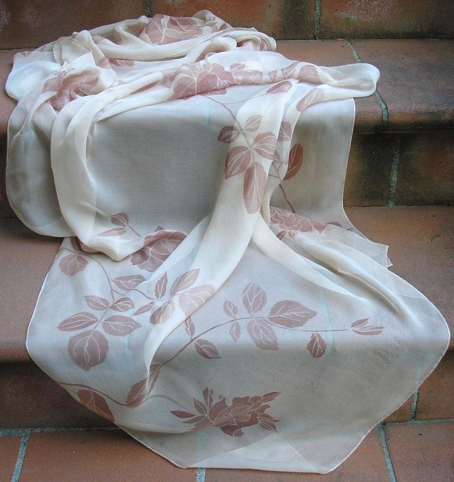 grande vendita sulle immagini di piedi di outlet in vendita SETA DIPINTA A MANO, ABITI IN SETA, sciarpe in seta dipinta, Maria ...